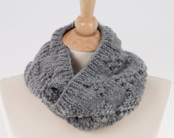 Chunky Knit Infinity Scarf, Gray, Lace Squares Design, Pure New Wool, Men or Women