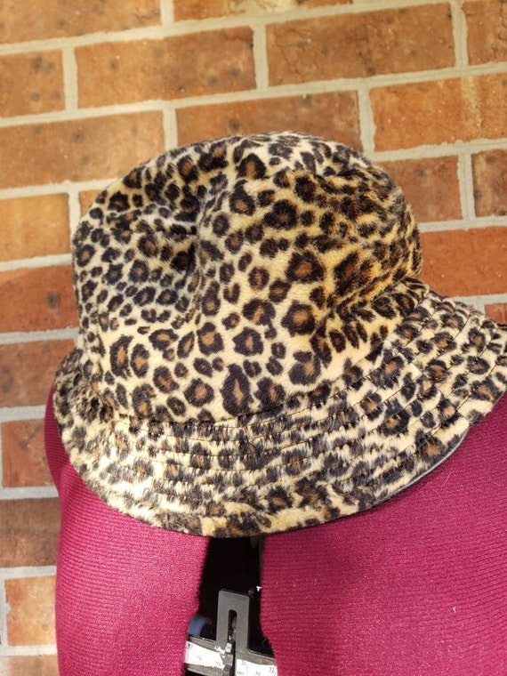 90s Faux Fur Leopard Print Bucket Hat Betmar New Y