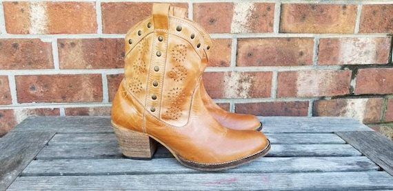 Vintage Cowboy Boots Authentic Leather Cowgirl Boo
