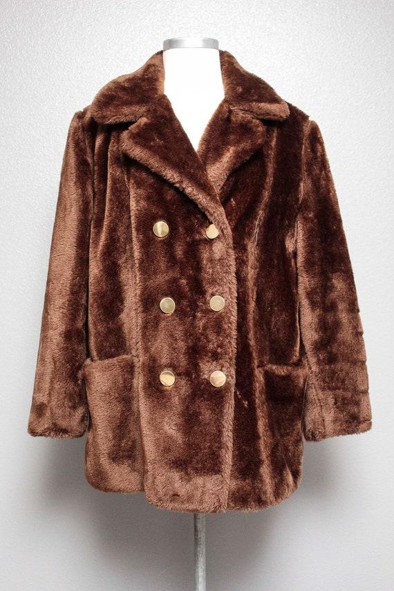 FKVintage 1970s Faux Fur Coat
