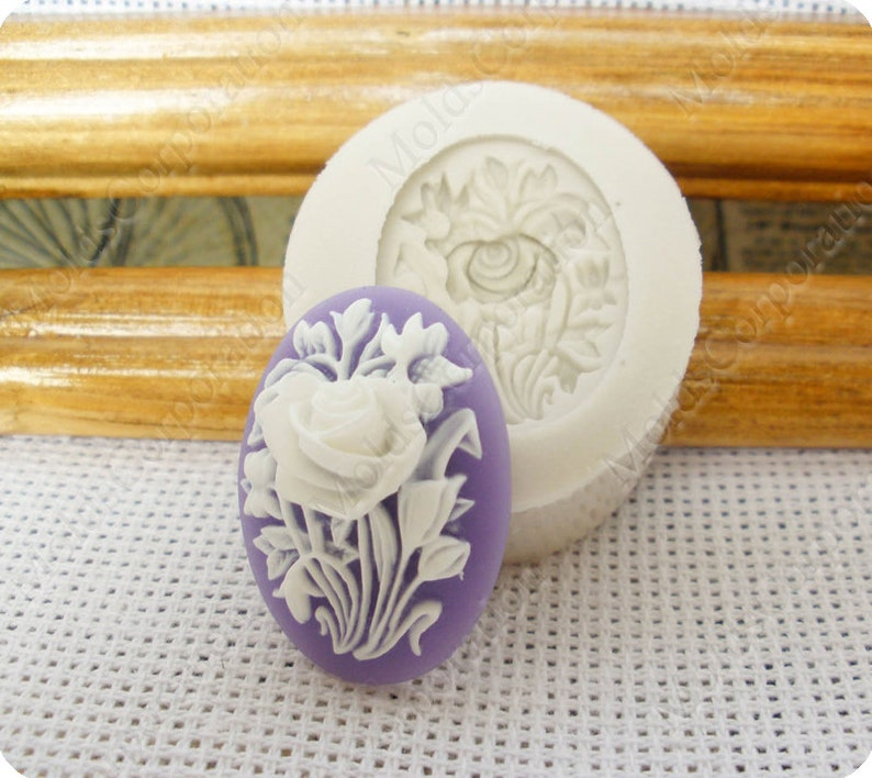 Flowers mold Pendant Mold \u041c42* Resin Molds Wax Cameo Mould Flexible Soap Fondant Food Safe Molds Polymer Clay Silicone Mold