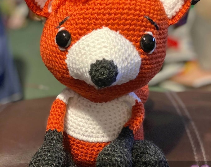 Fantastically cute little fox, ready to ship, Amigurumi, crochet, stuffed animal