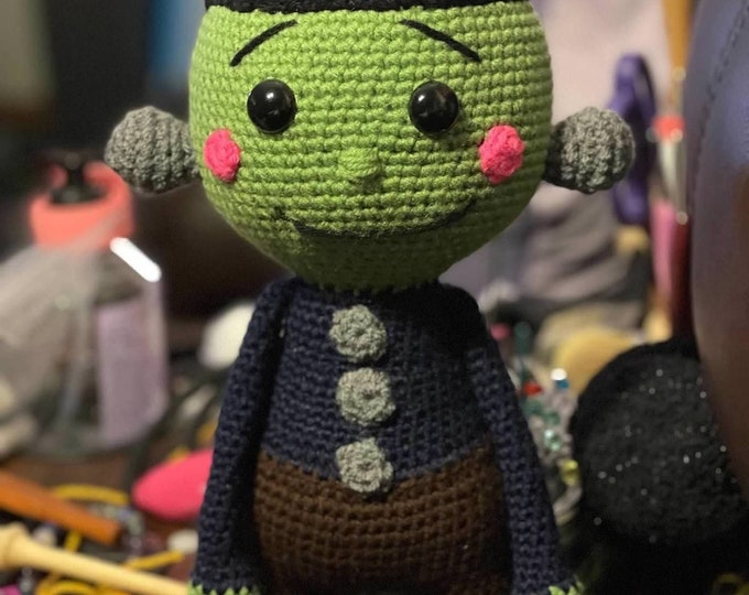 Ready to ship, Frankenstein's monster with long arms, Amigurumi, crochet, stuffed toy, plushie