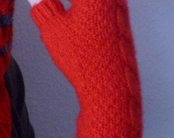 Fingerless gloves.