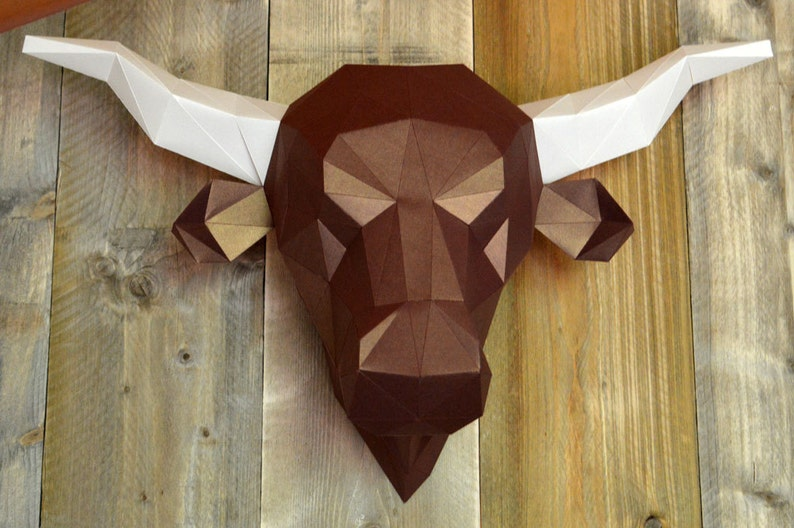 Salers Cow or Bulls Head Print & fold papercraft kit image 0