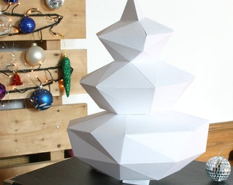 DIY Geometric Paper x-mas tree Template (final object ±35cm) Perfect x-mas dinner tabel decoration papercraft holiday favors