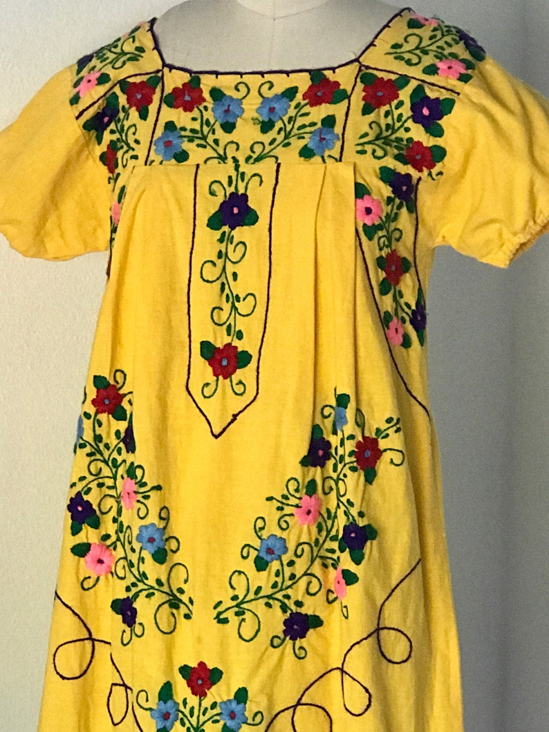1980's Mexican Embroidered Cotton   Dress  S image 0