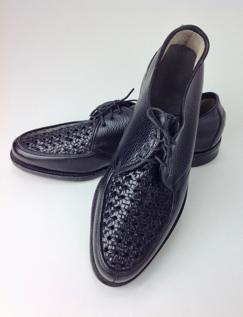 8c53b2cca86a6 1950's Ventilated Woven Top Shoes / Leather Lace-ups / Never Worn / Vintage  Dead Stock / Men's Size 8 Narrow