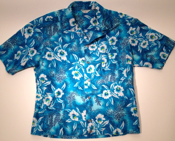 1950's 60's Hawaiian Shirt / All Cotton / Cropped