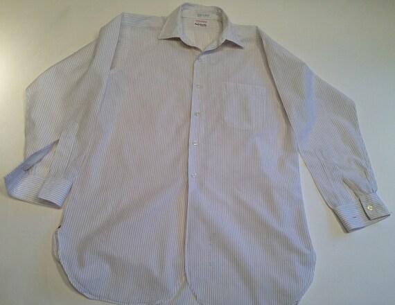 Vintage 1960's Pinstriped Dress Shirt / Crisp Sum… - image 2