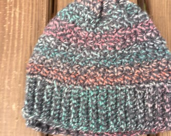 Multi color ribbed hat