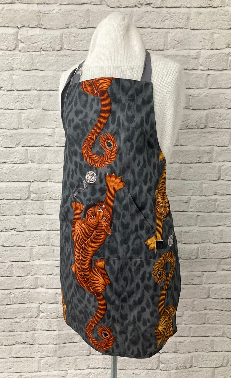 Handmade using 100/% Cotton from Clarke /& Clarke\u2019s Animalia Collection Designed by Emma J Shipley Apron with Front Pocket