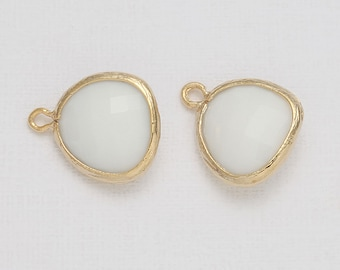 White Opal Glass Pendant Polished Gold -Plated - 2 Pieces [G0001-PGWO]