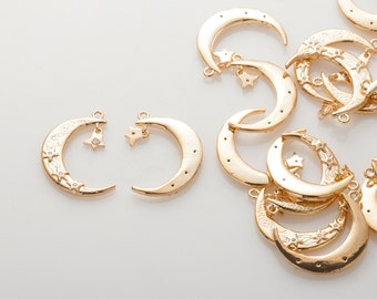 Moon Cubic Pendant with Star Charm, Christmas Charm, Necklace Pendant Polished Gold-Plated - 1 Pieces [P0799-PG]