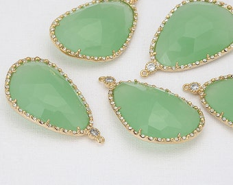 Fluorite Glass Pendant, Crystal Czech Stone.  Polished Gold -Plated - 2 Pieces [G0030-PGFR]