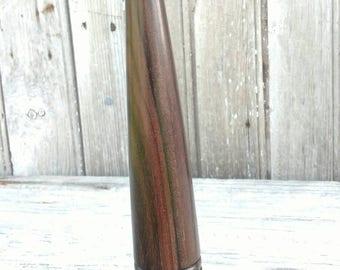 Fid; a hardwood tool used in rope work. FID004