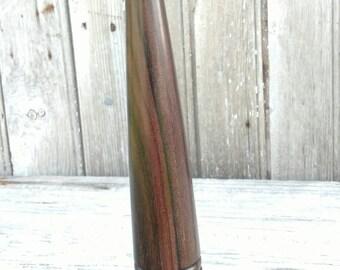 Fid; a hardwood tool used in rope work. FID003