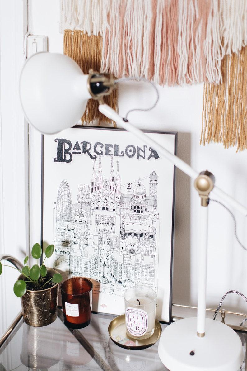 Barcelona / 32x45cm / Docteur Paper / Travel With Me / image 0