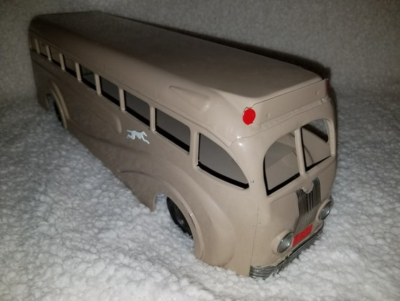 Restored Pressed Steel Kingsbury Greyhound Passenger Bus #228 No Windup