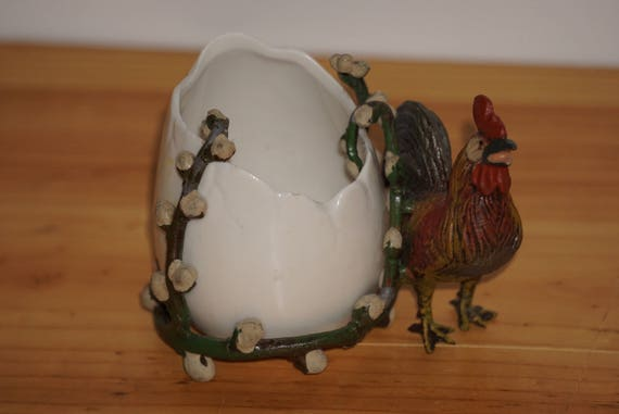 Vienna Czech Egg Form Bowl Cold Painted Rooster Mount
