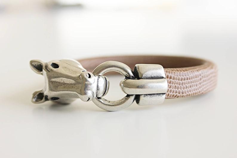 40e1a44493b07 HORSE MEN BRACELET - Unisex bracelet - Horse head clasp - Equestrian  bracelet - Gift for horse lovers - Western bracelet - Gift for friend