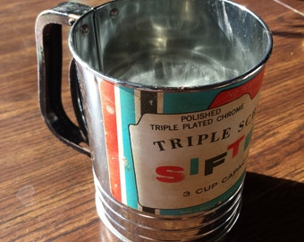 1950s Triple Screen Sifter 3 Cup Capacity