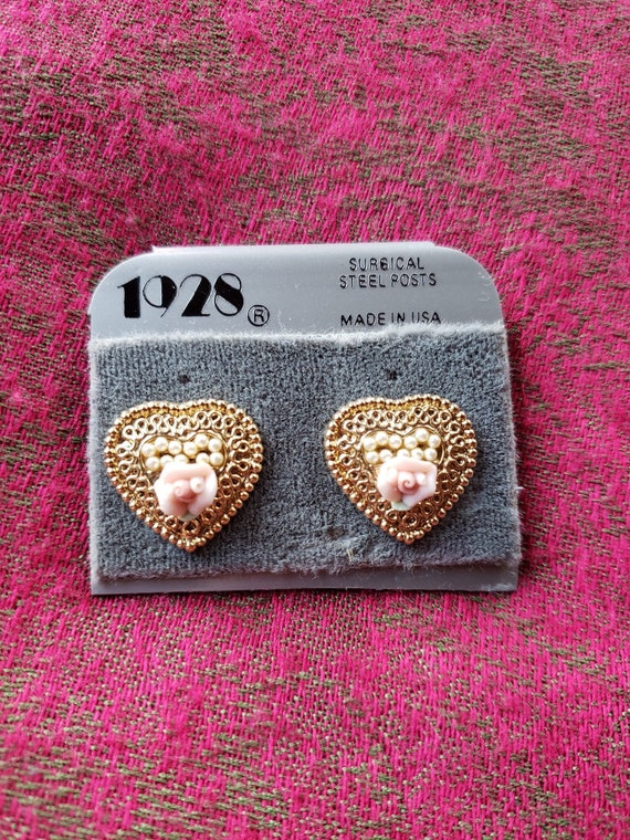Vintage Gold Tone Filigree Pink Glass Rhinestone Brooch Pierced Earrings Set 1928 Style Jewelry