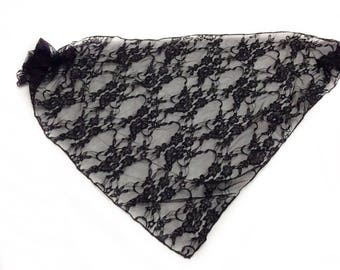Black lace scarf, Triangle Lace Scarf, Gift for Coworker, Black Lace mantilla, Religious Head cover, Gift for Grandmother, Goth Lace Veil