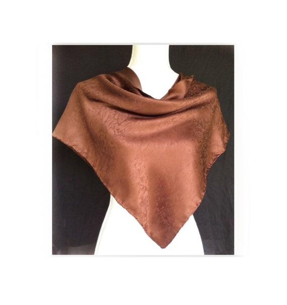 2a6fa6151ffd Chocolat marron foulard en soie foulard de tête Jacquard   Etsy