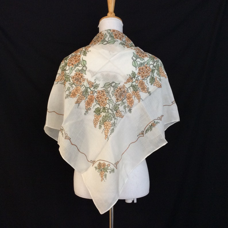 26b9e7579d3b Wine Lover Gift of Grapes White scarf Russian Shawl Work