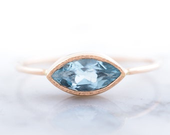 ca78e6fc96 Anillo de aguamarina de oro rosa de 14k, anillo único de gemas Marquesa,  anillo de compromiso simple, joyería hecha a mano