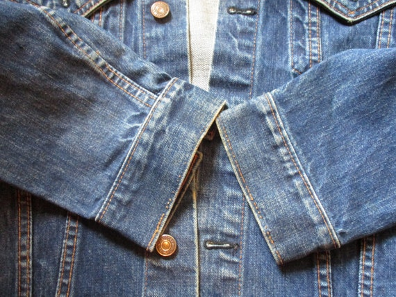 A Big E Levis Jacket - image 6