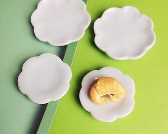 4 pcs.Miniature Plate,Miniature Tray,Miniature Ceramic Plate,Miniature Ceramic Tray, Miniature food,Dollhouse plate,Dollhouse Tray