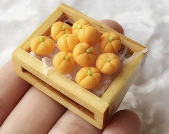 Miniature Oranges in the Wooden Tray,Miniature Oranges,Dolls House, Miniature Fruit,Miniature dolls,Miniatures accessories,Oranges