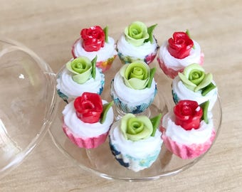 10pcs.Miniature Green Rose Cupcake,Miniature Red Rose cake,Miniature cupcakes,miniature sweet,miniature bakery,Dollhouse cake,Rose