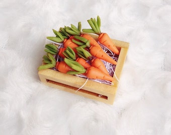 Miniature Carrot in the Wooden Tray Miniature Carrots,Dollhouse,Miniature Vegetable,Miniature Tray,Miniatures accessories,Dollhouse Carrots