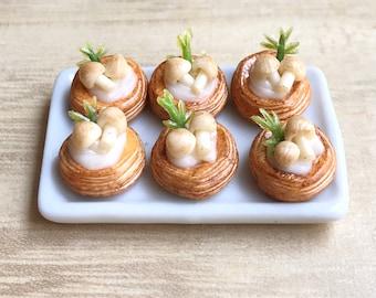 Miniature Mushroom Bread in ceramic tray,Miniature Bakery,Miniature Sweet,Miniature Bread,Miniature Mushrooms,Miniature Food,Dollhouse Food