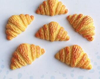 3pcs.16x26mm.Miniature Cabochon Croissant,Miniature Croissant,Cabochons,Resin,Miniature Sweet,Miniature Cabochon,DIY,Mobile