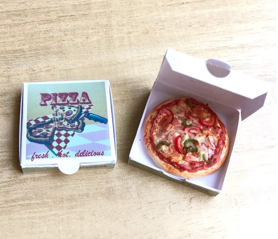 7 Pizza with Wooden Tray Dollhouse Miniatures Fast Food Supply Deco