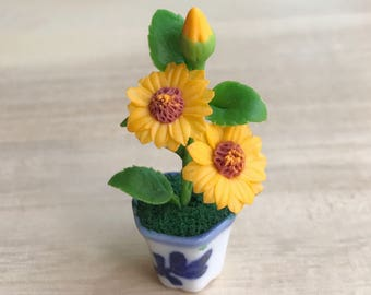 Miniature Flower,Miniature Flower Pot,Miniature Vase,Dollhouse Flower,Miniature Garden,Dollhouse Flower Pot,Miniature Sunflower