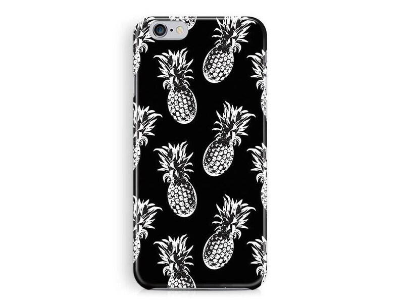 Pineapple Pattern iPhone 11 case