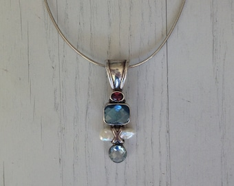 Birthstone jewelry for women - birthstone jewelry for new moms - birthstone necklace mom - birthstone necklace for grandma