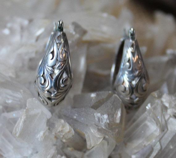 Victorian Filigree Sterling Silver Hoop Earrings/… - image 5