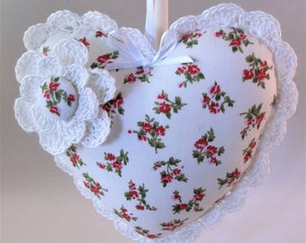 Decorative hanging heart, fabric hanging heart, fabric heart, fabric heart with crochet trim, mother day gift, valentines gift,
