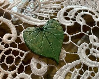 Leaf Shaped Gift Tag/Trinket  (heart-shaped)