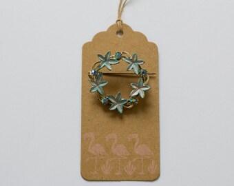 1950s Blue sparkling aurora borealis crystals brooch
