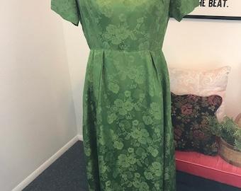aa21504b1bc 70s vintage long green dress