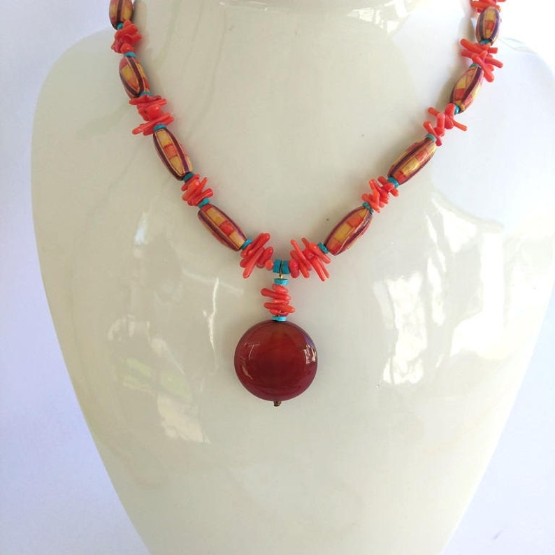 Orange Coral Beads Multicolor Wood Beads Red Natural Agate Necklace, Vintage Carnelian Coral Wood Bead Pendant Necklace Turquoise Stones
