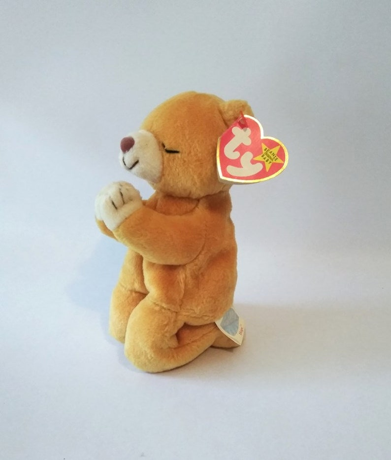 c5d844ab0de Error Hope ty beanie baby Praying Bear March 23 1998. The