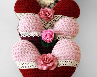 Hand knitted Heart decoration, Wedding heart, Hanging ornament, Wedding decoration, Wedding favours, Knitted heart